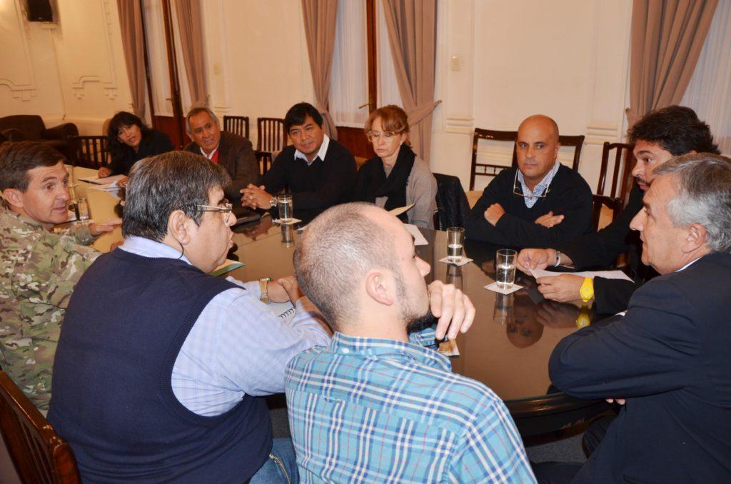 Gobernador Morales participó de la reunión que se concretó en Salón Blanco de Casa de Gobierno